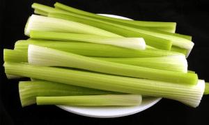 Celery: The Diet Filler Food