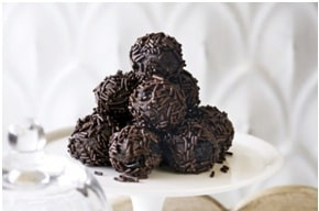 low-calorie Chocolate Rum Balls