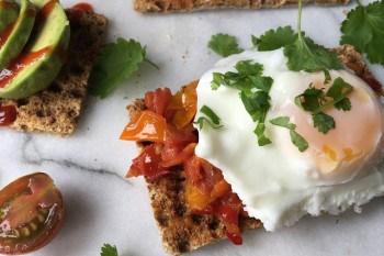 poached eggs low-calorie breakfast